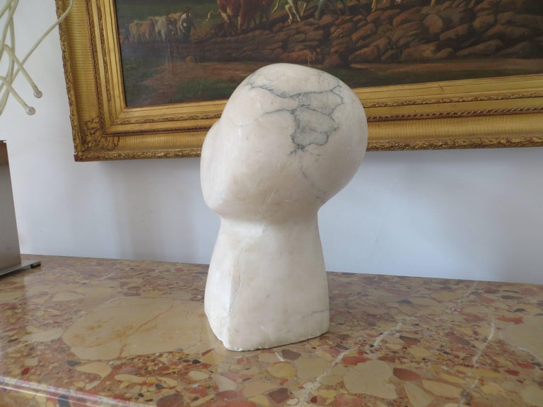 Bird Sculpture in Carrare Marble For Sale 1
