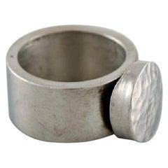 Micke Berggren, Sweden, Modernist Designer Ring in Hammered Pewter, Late 20th C