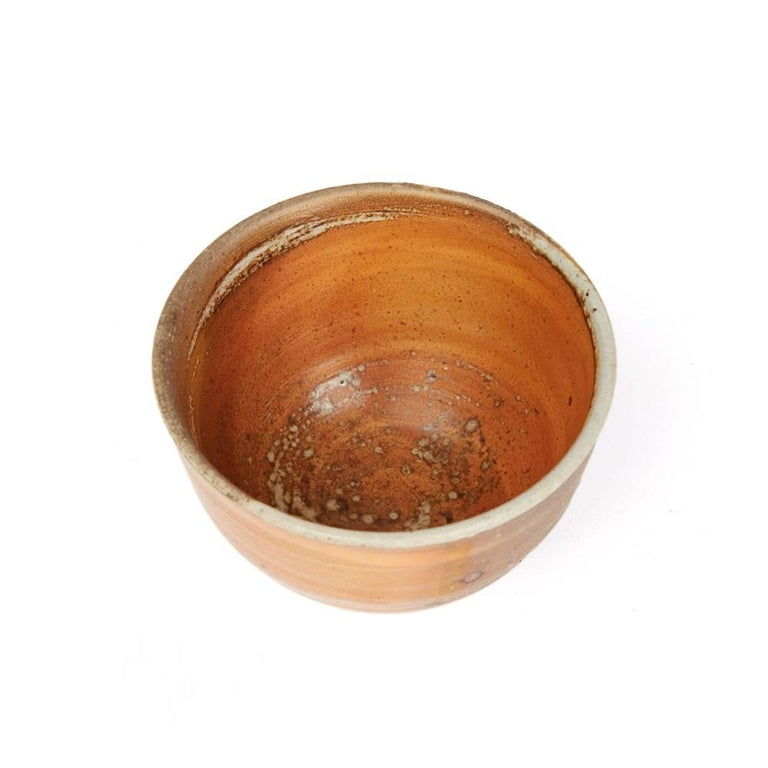 Micki Schloessingk Studio Pottery Bowl, 20th Century In Excellent Condition For Sale In Bishop's Stortford, Hertfordshire