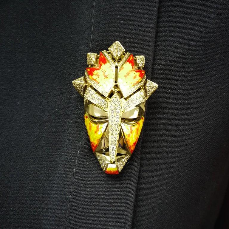 Micromosaic Champagne Diamonds 18 Karat Yellow Gold Shaman Mask Brooch For Sale 5