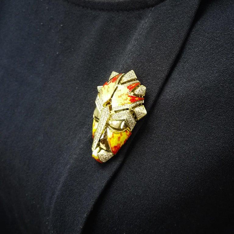 Micromosaic Champagne Diamonds 18 Karat Yellow Gold Shaman Mask Brooch For Sale 6