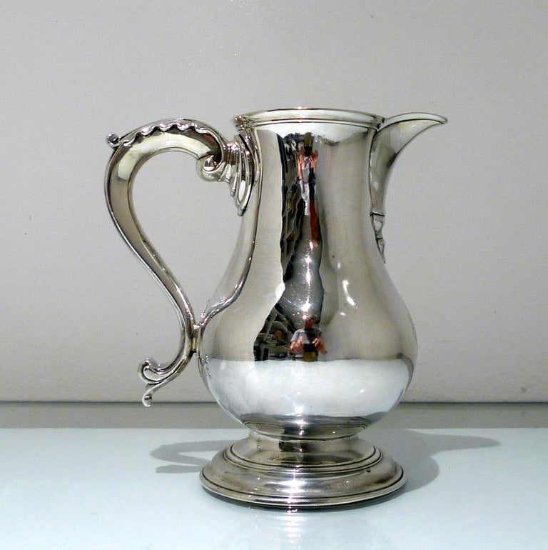 Mid-18th Century Antique George II Sterling Silver Beer Jug London 1759 R A Cox In Good Condition For Sale In 53-64 Chancery Lane, London