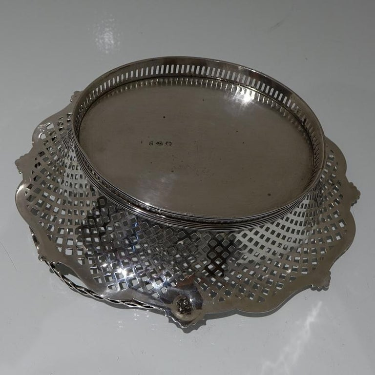 Mid-18th Century Antique George II Sterling Silver Cake Basket London 1751 Edwar For Sale 1