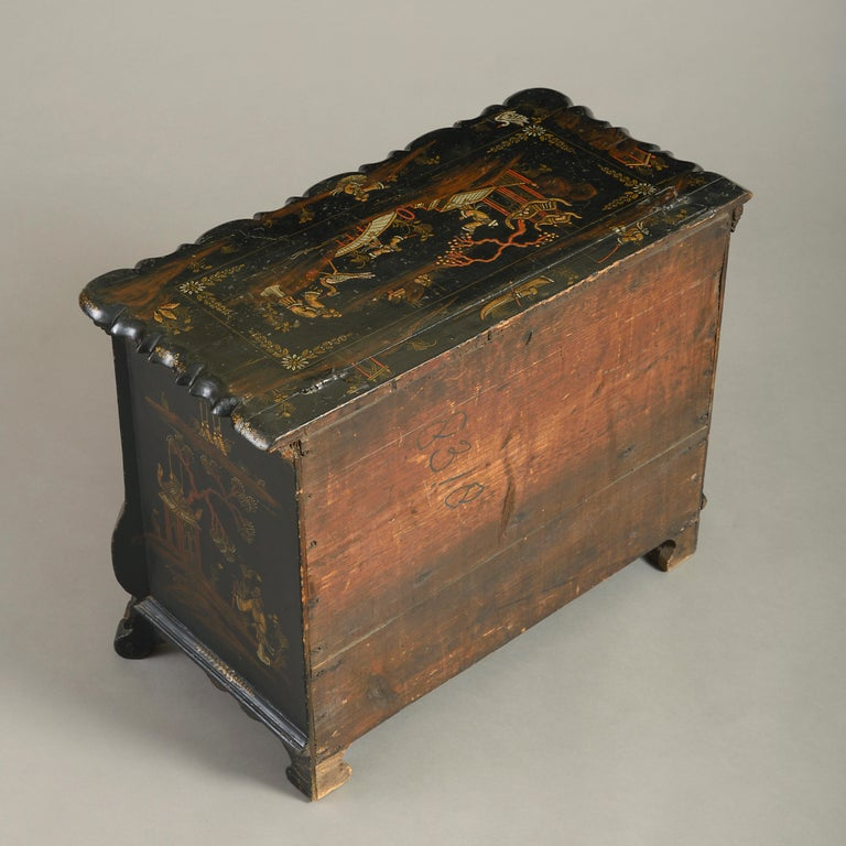 Gold Leaf Mid-18th Century Chinoiserie Black Japanned Work Box For Sale