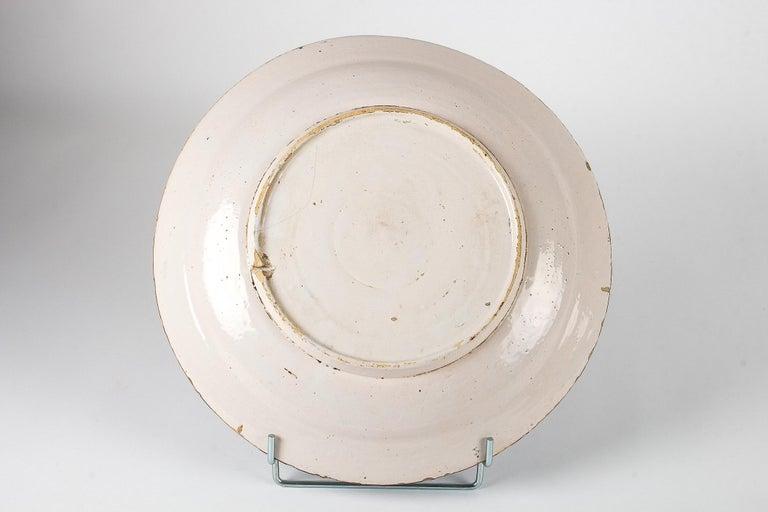 Mid-18th Century, Delft Faience Round Dish, circa 1750 For Sale 5