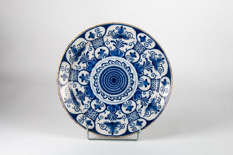 Dutch Mid-18th Century, Delft Faience Round Dish, circa 1750 For Sale