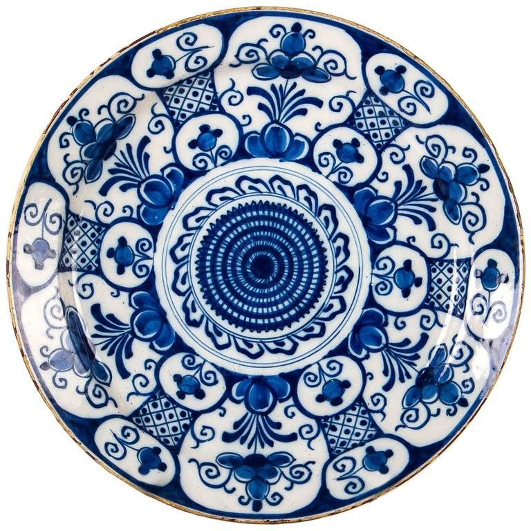 Mid-18th Century, Delft Faience Round Dish, circa 1750 For Sale