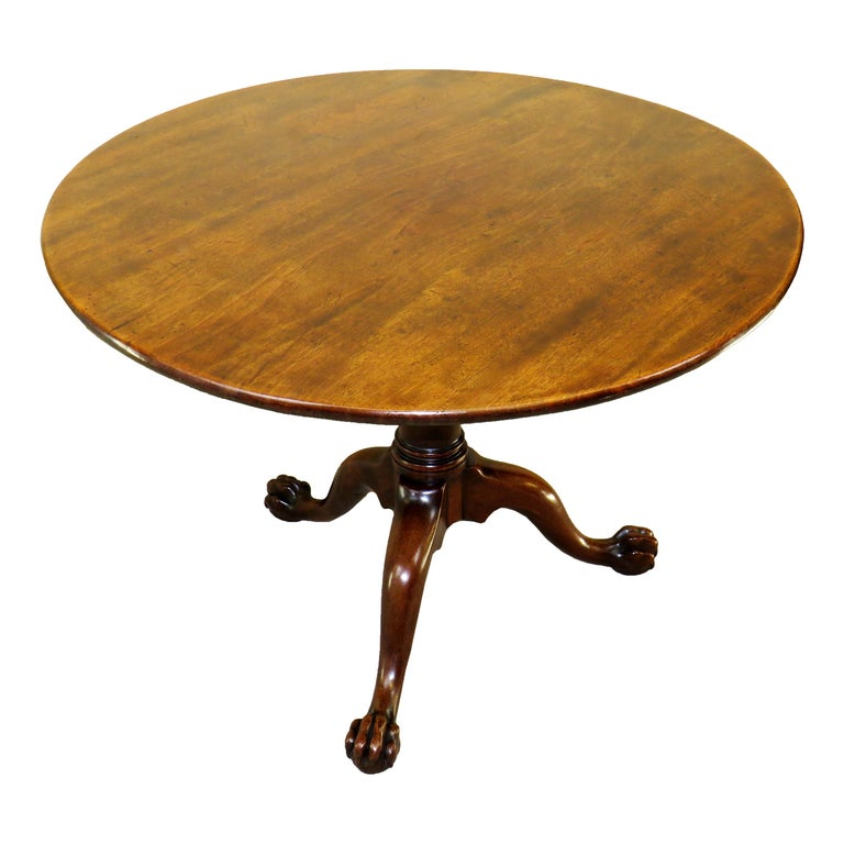 Mid-18th Century English Georgian Mahogany Circular Supper Table