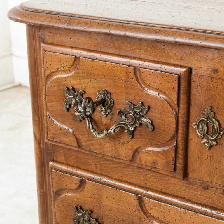 Mid-18th Century French Louis XIV Period Hand Carved Chestnut Commode or Chest For Sale 3