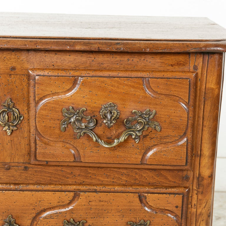 Mid-18th Century French Louis XIV Period Hand Carved Chestnut Commode or Chest For Sale 4