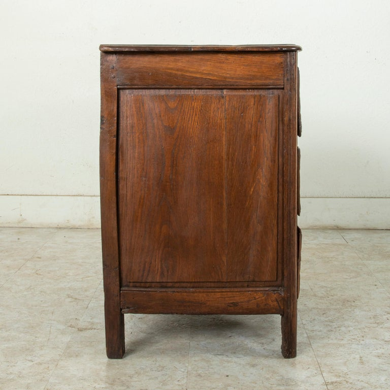 Mid-18th Century French Louis XIV Period Walnut Commode, Chest, Nightstand For Sale 1