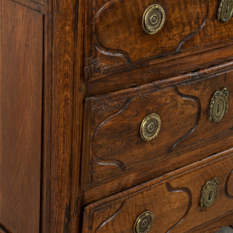 Mid-18th Century French Louis XIV Period Walnut Commode, Chest, Nightstand For Sale 4