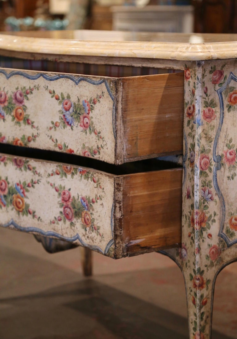 Mid-18th Century Italian Venetian Painted Bombe Chest of Drawers with Marble Top For Sale 3