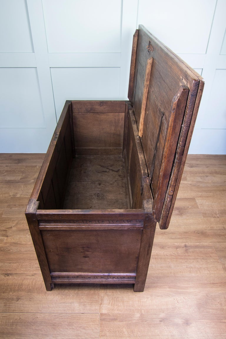 Mid-18th Century Oak Coffer Chest with Three-Panel Decorative Front In Fair Condition For Sale In Old Romney, Kent