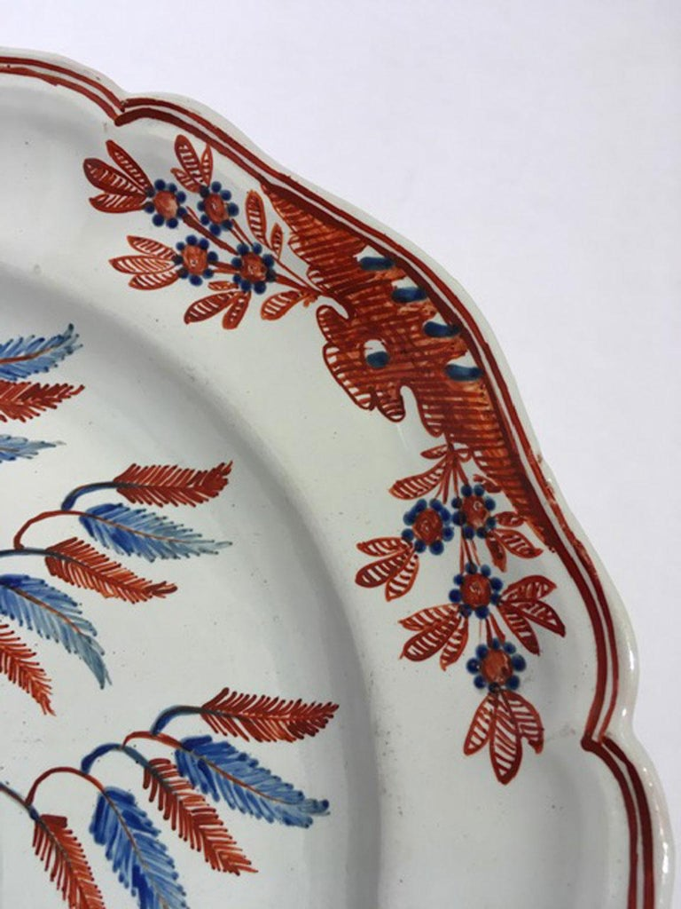 Mid-18th Century Richard Ginori Doccia Porcelain Dish with Red Cock For Sale 9