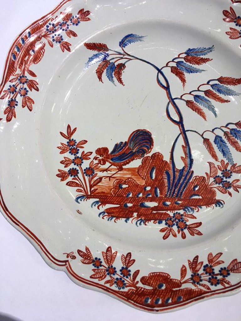Baroque Mid-18th Century Richard Ginori Doccia Porcelain Dish with Red Cock For Sale