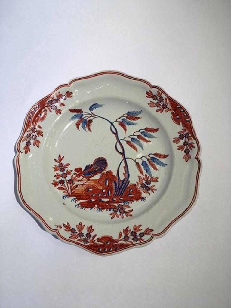 Italian Mid-18th Century Richard Ginori Doccia Porcelain Dish with Red Cock For Sale