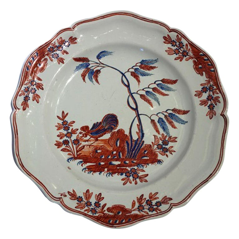 Mid-18th Century Richard Ginori Doccia Porcelain Dish with Red Cock For Sale
