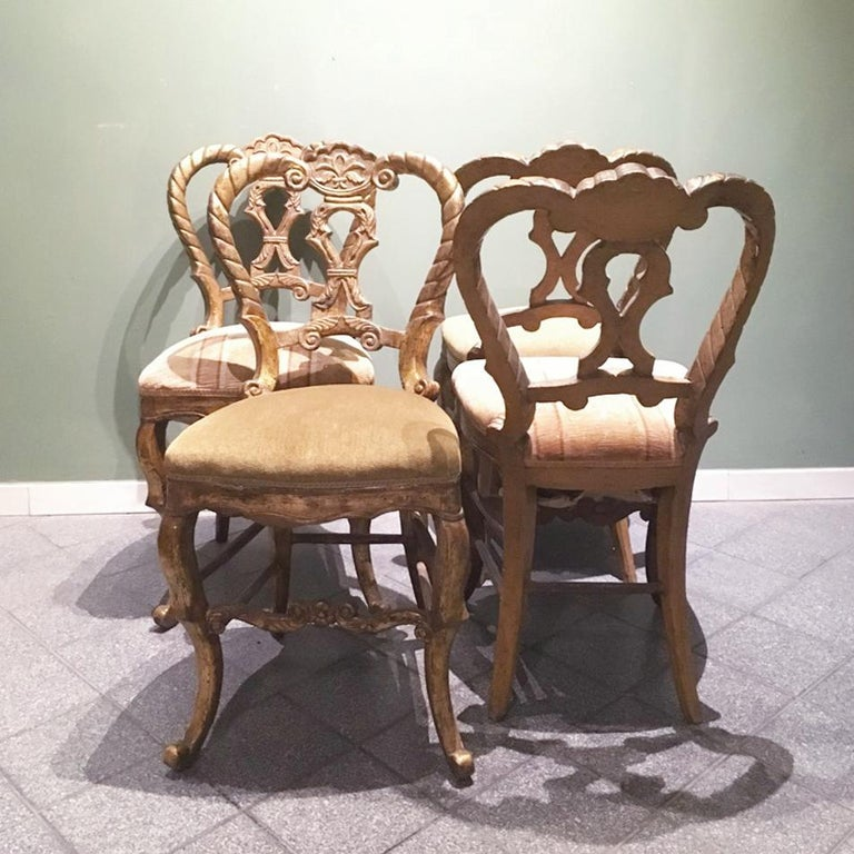 Mid-18th Century Set of Four Italian Upholstered Giltwood Chairs For Sale 9