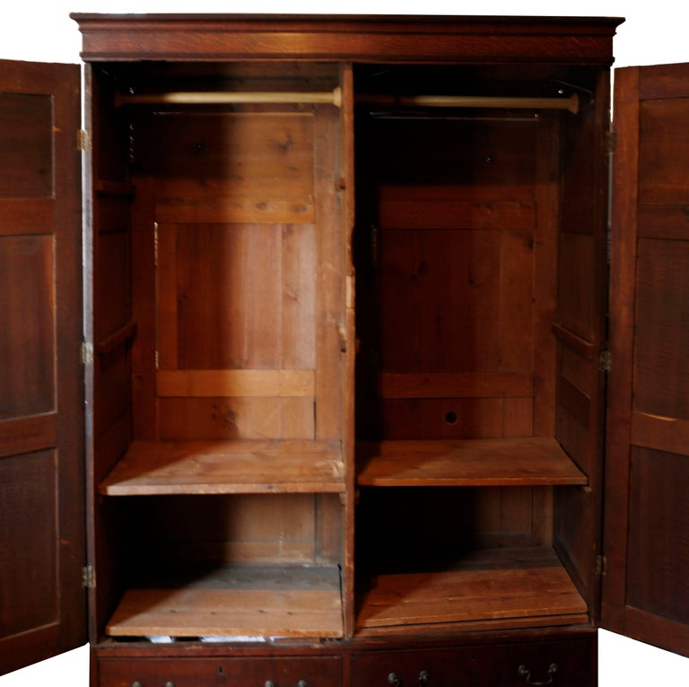 Mid-18th Century Tiger Oak Livery Armoire For Sale 1