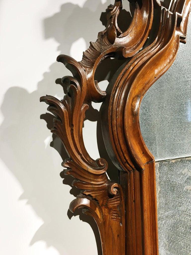 Mid-18th Century Venice Walnut Mirror, circa 1750 For Sale 4