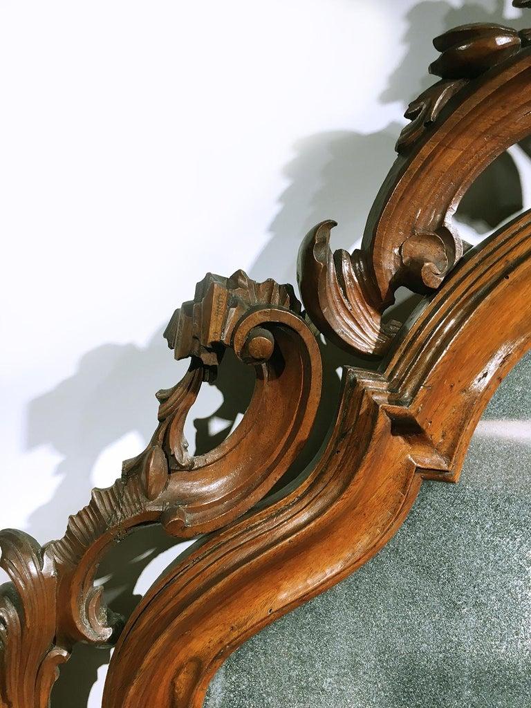 Mid-18th Century Venice Walnut Mirror, circa 1750 For Sale 5