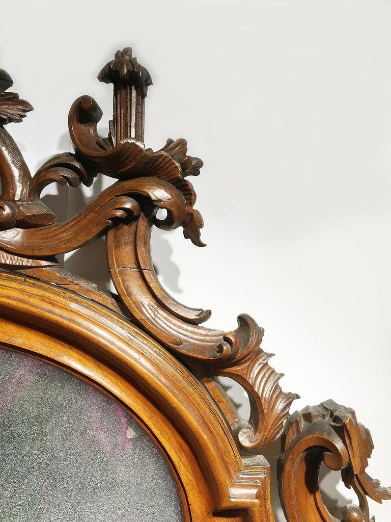 Mid-18th Century Venice Walnut Mirror, circa 1750 For Sale 1