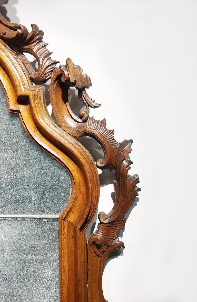 Mid-18th Century Venice Walnut Mirror, circa 1750 For Sale 2