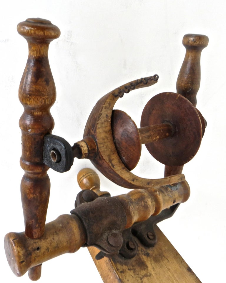Mid-19th Century American Spinning Wheel In Good Condition For Sale In Incline Village, NV