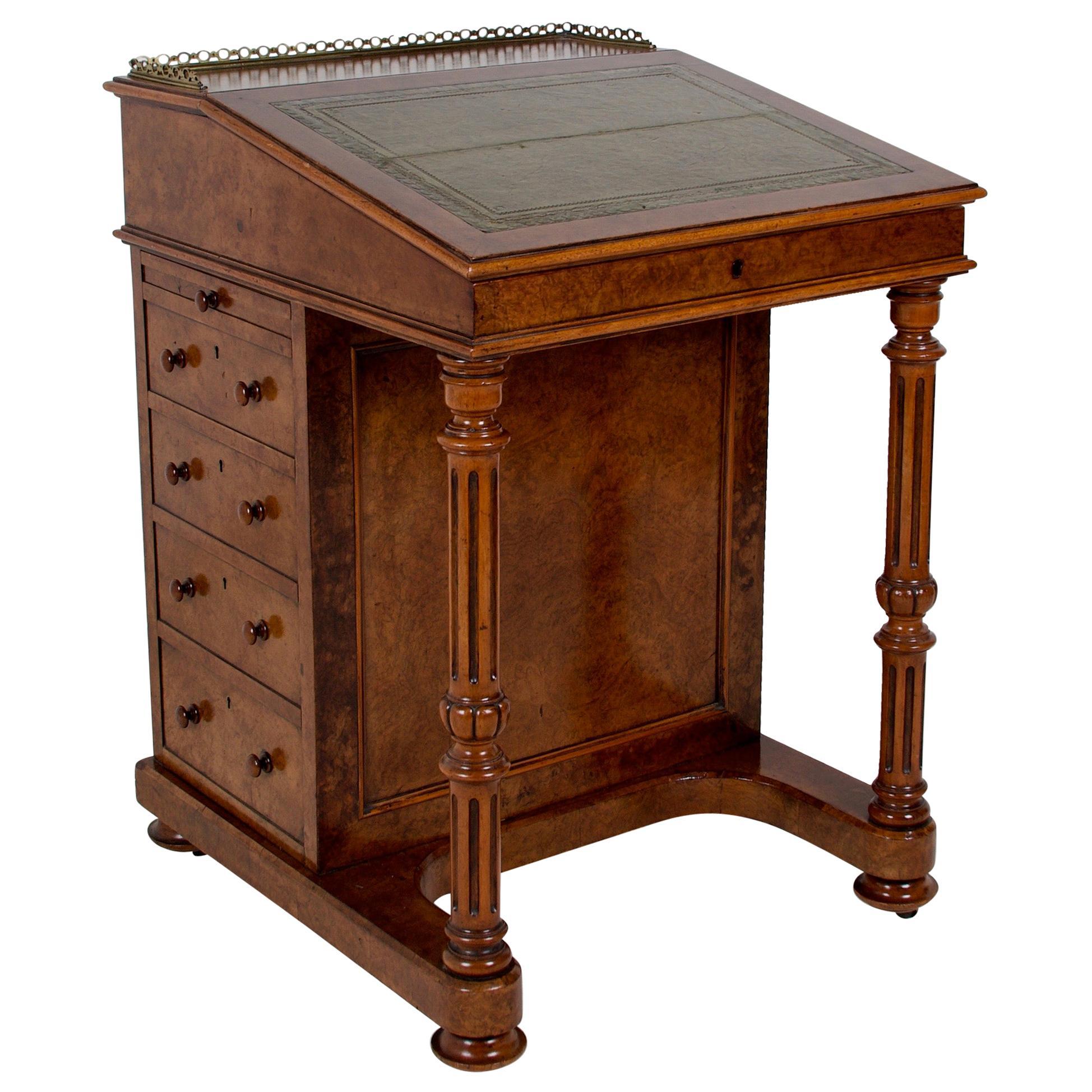 Mid-19th Century Davenport Desk in Walnut Burl, Satinwood and Ebony