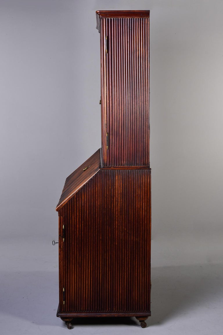 Mid-19th Century English Reeded Secretary Cabinet For Sale 9