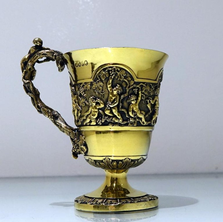 Mid-19th Century Antique Victorian Silver Gilt Sterling Silver Christening Mug For Sale 1