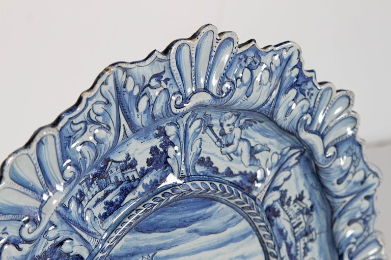 Mid-19th Century Blue and White Delft Italian Charger For Sale 3