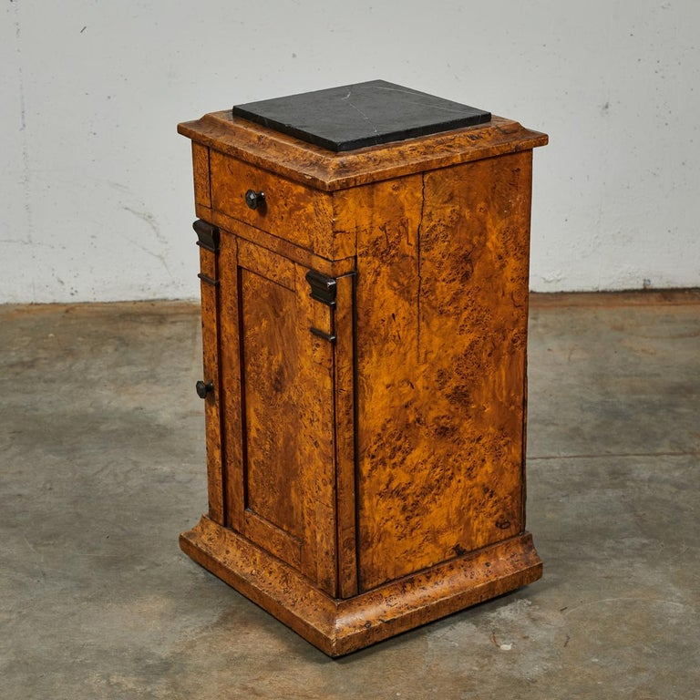 Mid-19th Century Burl Wood Stand with Black Marble Top from England For Sale 1