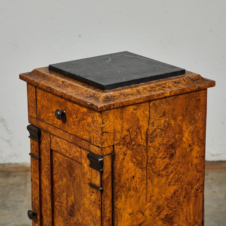Mid-19th Century Burl Wood Stand with Black Marble Top from England For Sale 2