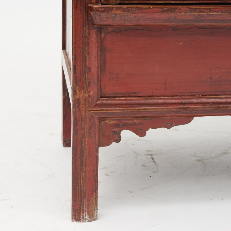 Mid-19th Century Chinese Red Lacquered Wedding Cabinet For Sale 4