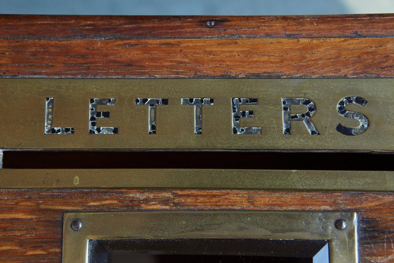 Mid-19th Century Country House Oak Letter Box with Brass Slot and Beveled Glass For Sale 8