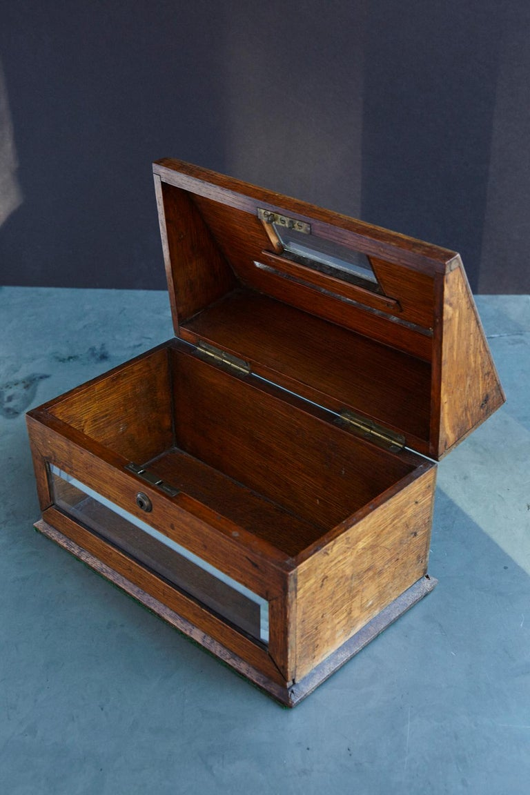 Mid-19th Century Country House Oak Letter Box with Brass Slot and Beveled Glass For Sale 2