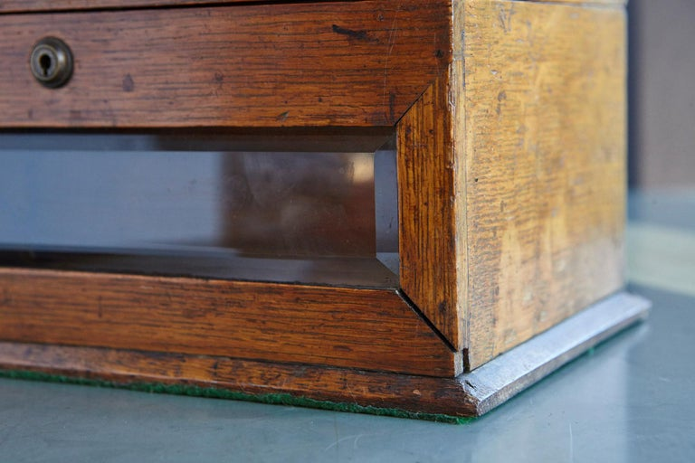 Mid-19th Century Country House Oak Letter Box with Brass Slot and Beveled Glass For Sale 5