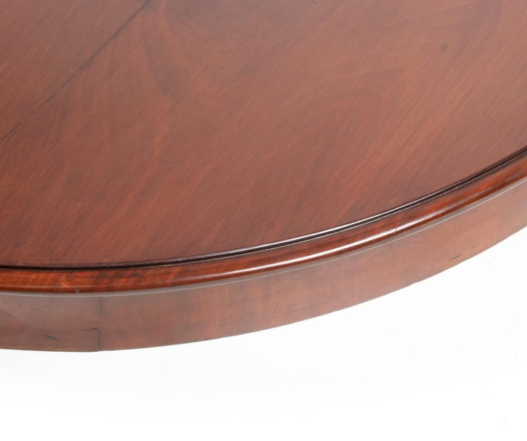 Mid- 19th Century Dutch Empire Style Mahogany Dining Table For Sale 15