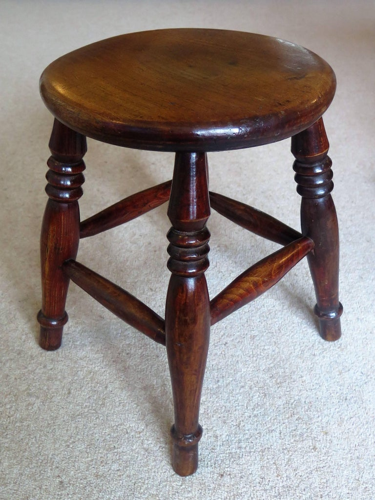 Hand-Crafted Mid-19th Century Elm Stool or Stand North East Yorkshire English Maker For Sale