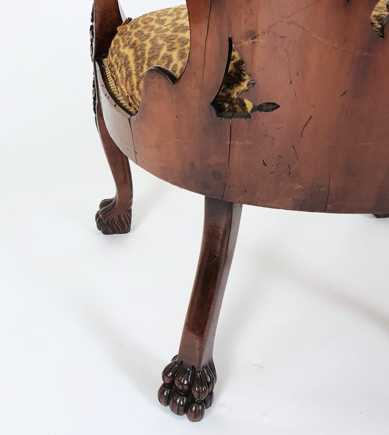Mid-19th Century French Carved Walnut Desk Chair For Sale 5