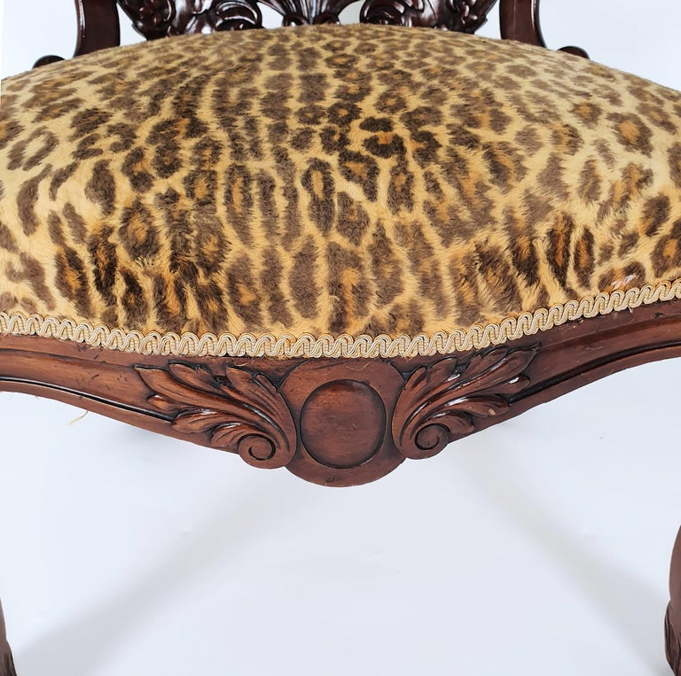 Mid-19th Century French Carved Walnut Desk Chair For Sale 2