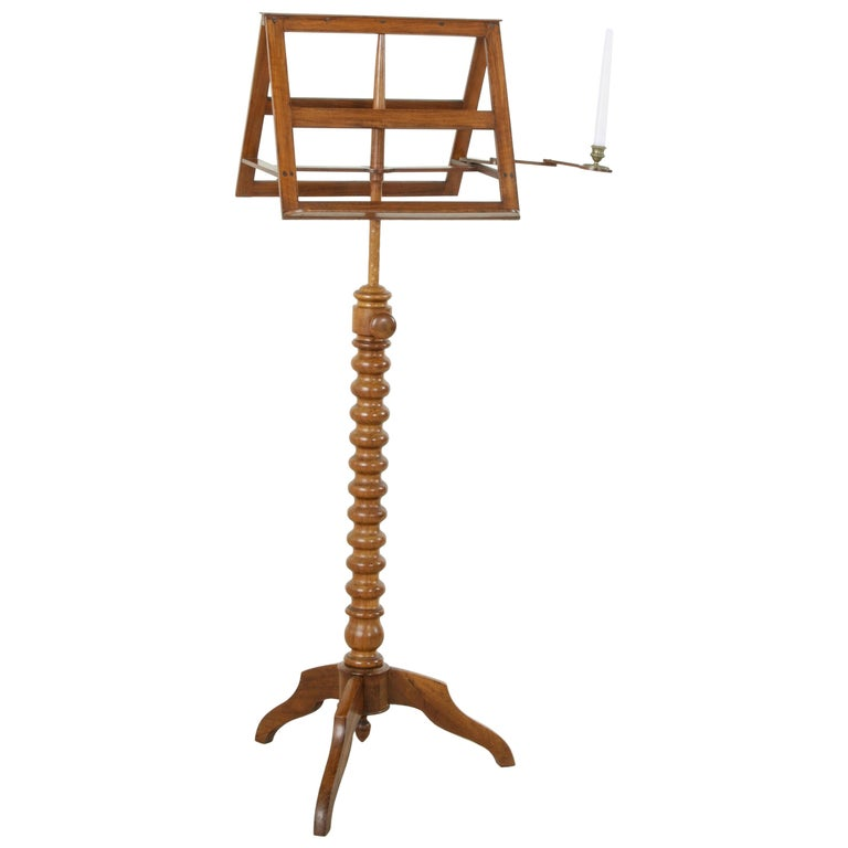 mid 19th century french louis philippe period walnut double sided music stand for sale at 1stdibs. Black Bedroom Furniture Sets. Home Design Ideas