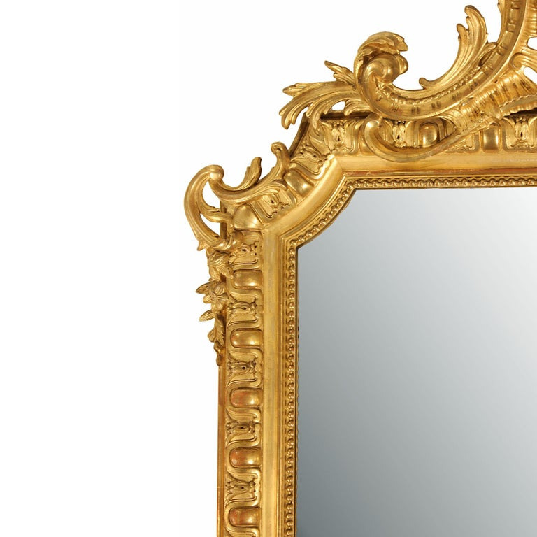 Mid-19th Century French Louis XVI Style Giltwood Mirror In Excellent Condition For Sale In West Palm Beach, FL