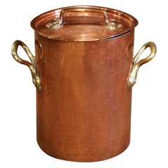 Mid-19th Century French Polished Copper Cauldron with Side Handles and Lid