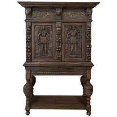 Mid-19th Century French Renaissance Raised Cabinet