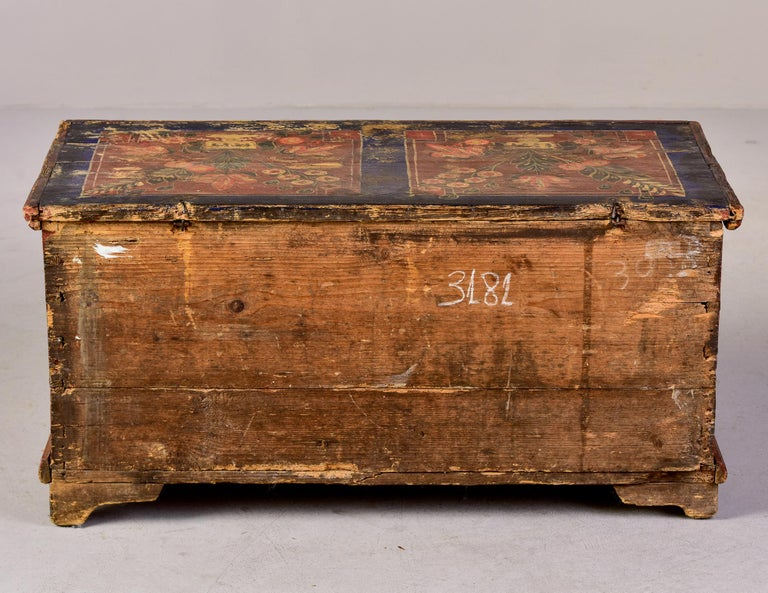 Mid 19th Century Hand Painted Romanian Painted Trunk For Sale 4