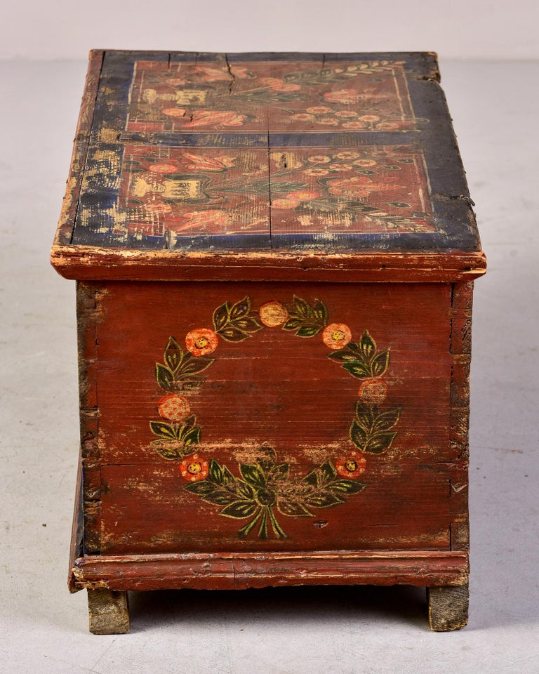 Mid 19th Century Hand Painted Romanian Painted Trunk For Sale 6