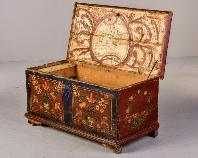 Mid 19th Century Hand Painted Romanian Painted Trunk For Sale 8